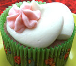 Strawberry Cupcake with Vanilla Ice Cream Buttercream