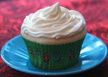 Almond-Wedding Cake-Cupcake
