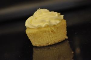 Lemon Cloud Cupcake