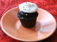 Mini DC Cupcake with Crispy Magic Frosting