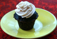 Mini Blueberry Cupcake w Brown Sugar Frosting