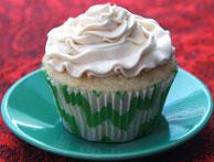 Vanilla-Cupcake-w-Buttercre