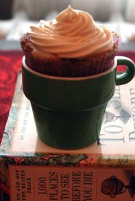 Cinnamon-roll-cupcake