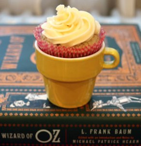 Cupcake-with-frosting