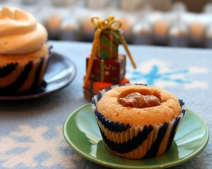 Dulce-filled-cupcake