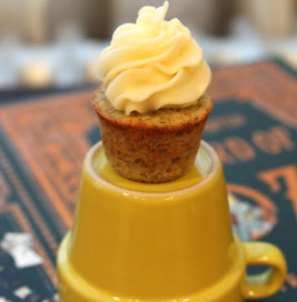 Mini-Cupcake-with-frosting