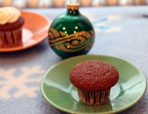 Mini-Gingerbread-cupcake