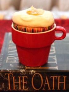 Orange-Almond-Cupcake-side