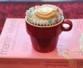 PB-and-honey-cupcake