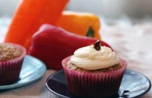 Hummingbird-cupcake