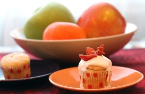 Mini-Elvis-Cupcake