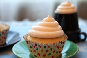 Sparkling-Cupcake