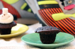 Mini-Cocoa-cupcake