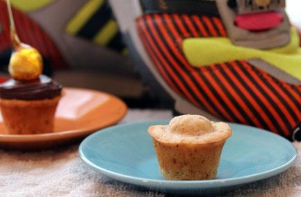 great job candied hazelnut cupcakes candied hazelnut cupcake caramel ...