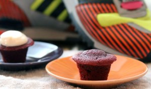 Mini-Red-Cupcake