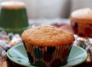 Cinnamon-cupcake