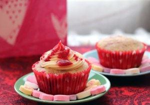 Raspberry-Celebration-cupca